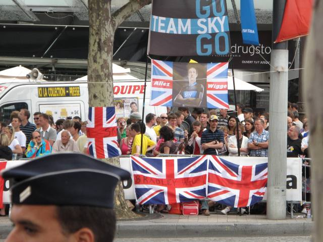 Paris Tour de france Bradley Wiggins british supporters