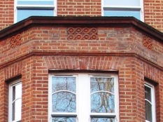 terracotta tiles on Upper St Islington