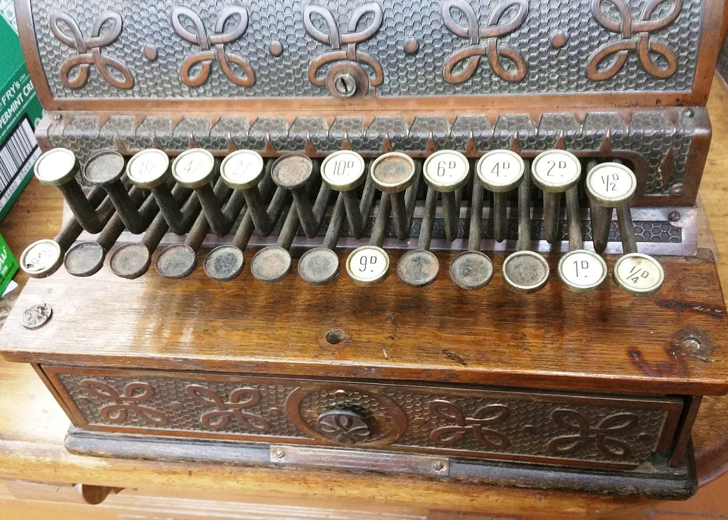 Keyboard on old cash register