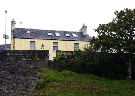 Back packers bunkhouse Tarbert